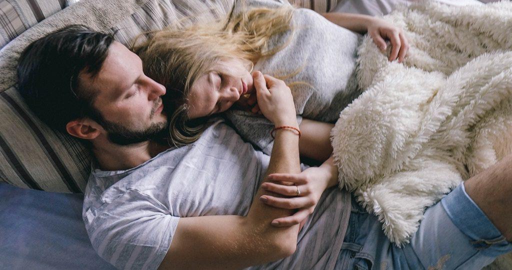 intimacy cuddle